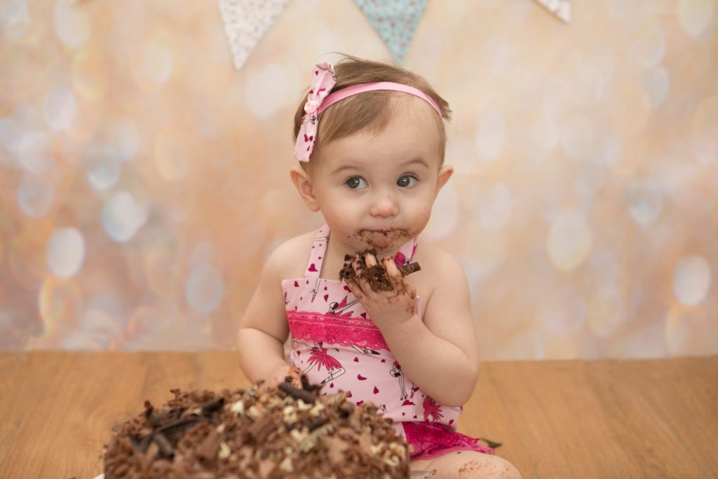 Cake Smash Photo session with one year old Isla, Tania Miller Photography, Newport Family Photographer, Cwmbran Photographer