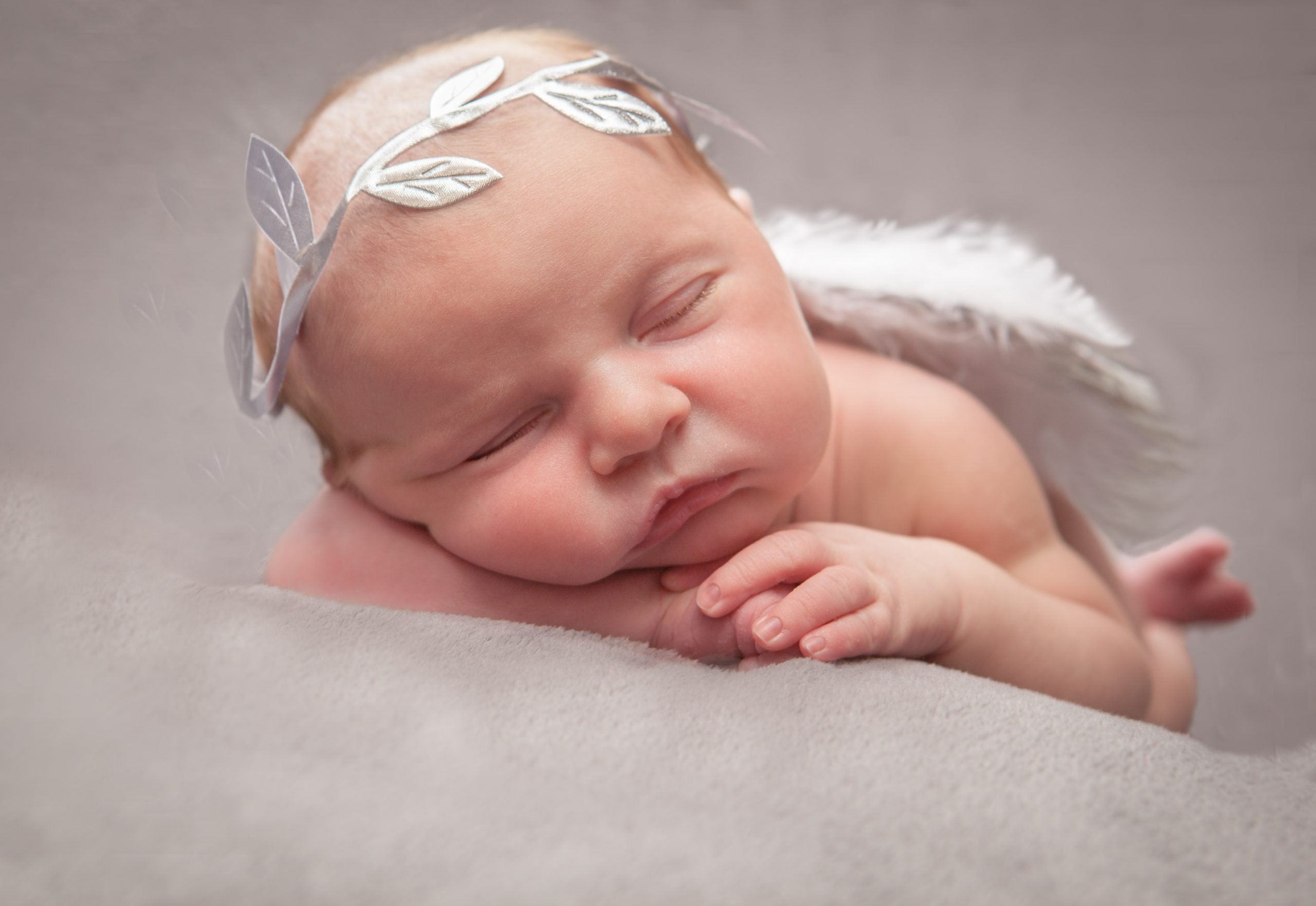 6 day new baby Darcie, newborn photography, Tania Miller Photography, Cwmbran newborn photographer