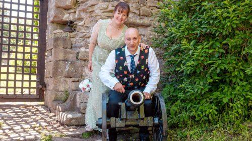 edding of Ben & Pippa at Usk Castle – 02.06.18