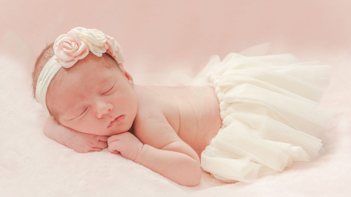 Baby Olivia at 10 days – 18.06.18