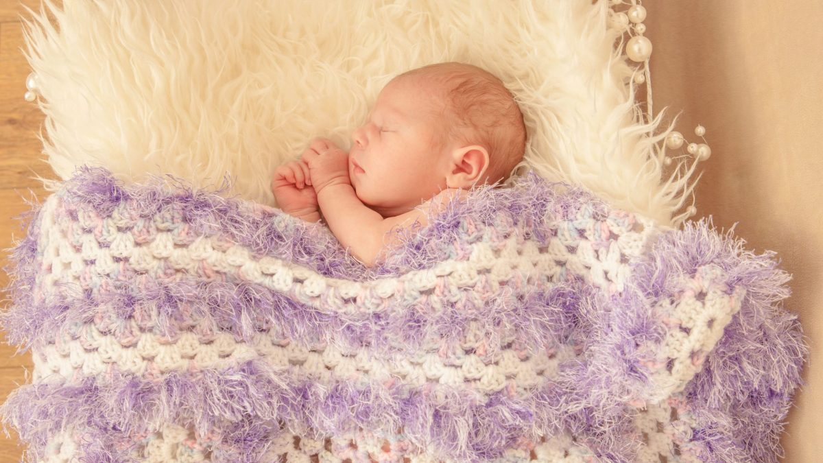 Baby Felicity aged 6 days