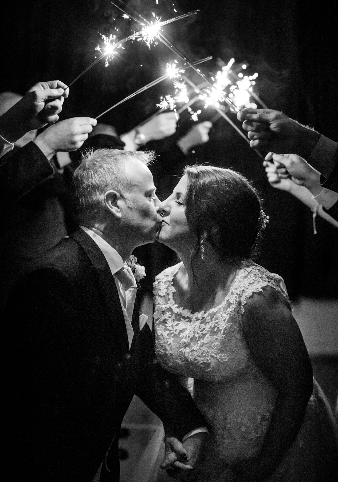 Wedding of Sarah & Gavin, Old Church Penallt, Tania Miller Photography, Monmouth Wedding Photographer