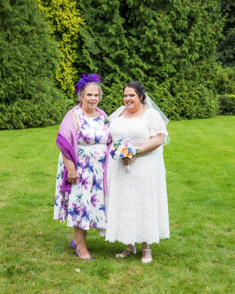 Wedding of Emma & Rob, Cwrt Bleddyn Usk, Tania Miller Photography, Usk Wedding Photographer