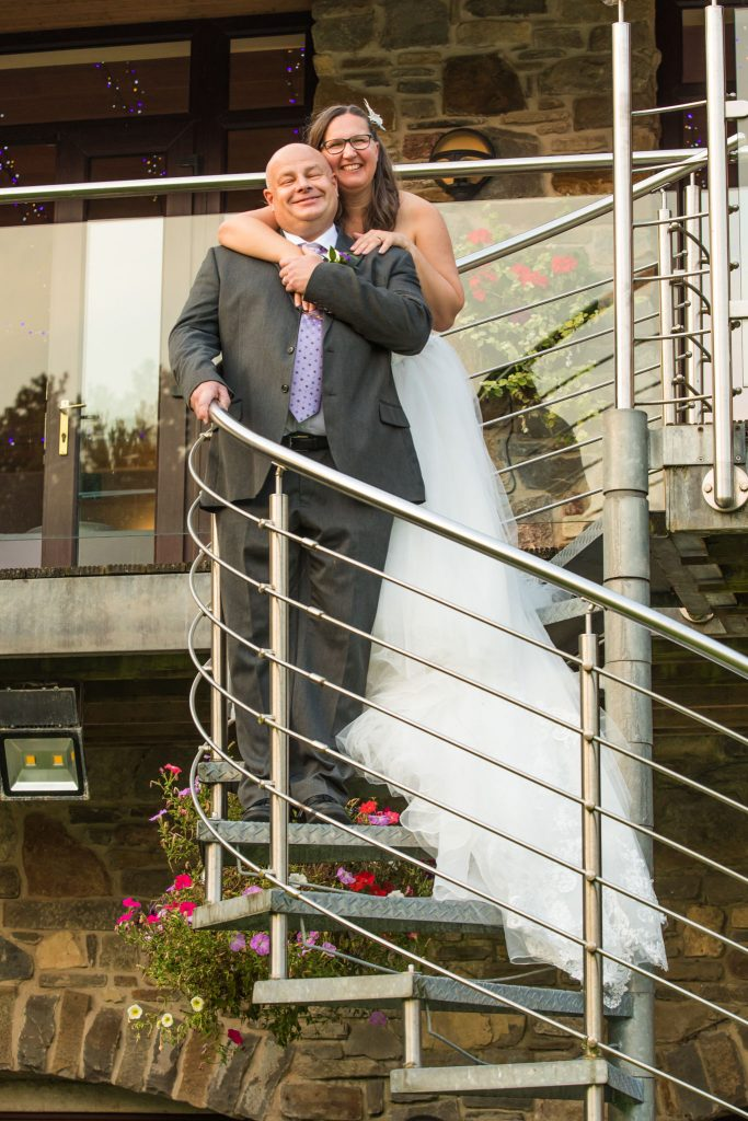 Wedding at Canada Lodge & Lake Cardiff, Tania Miller Photography. Cardiff Wedding Photographer